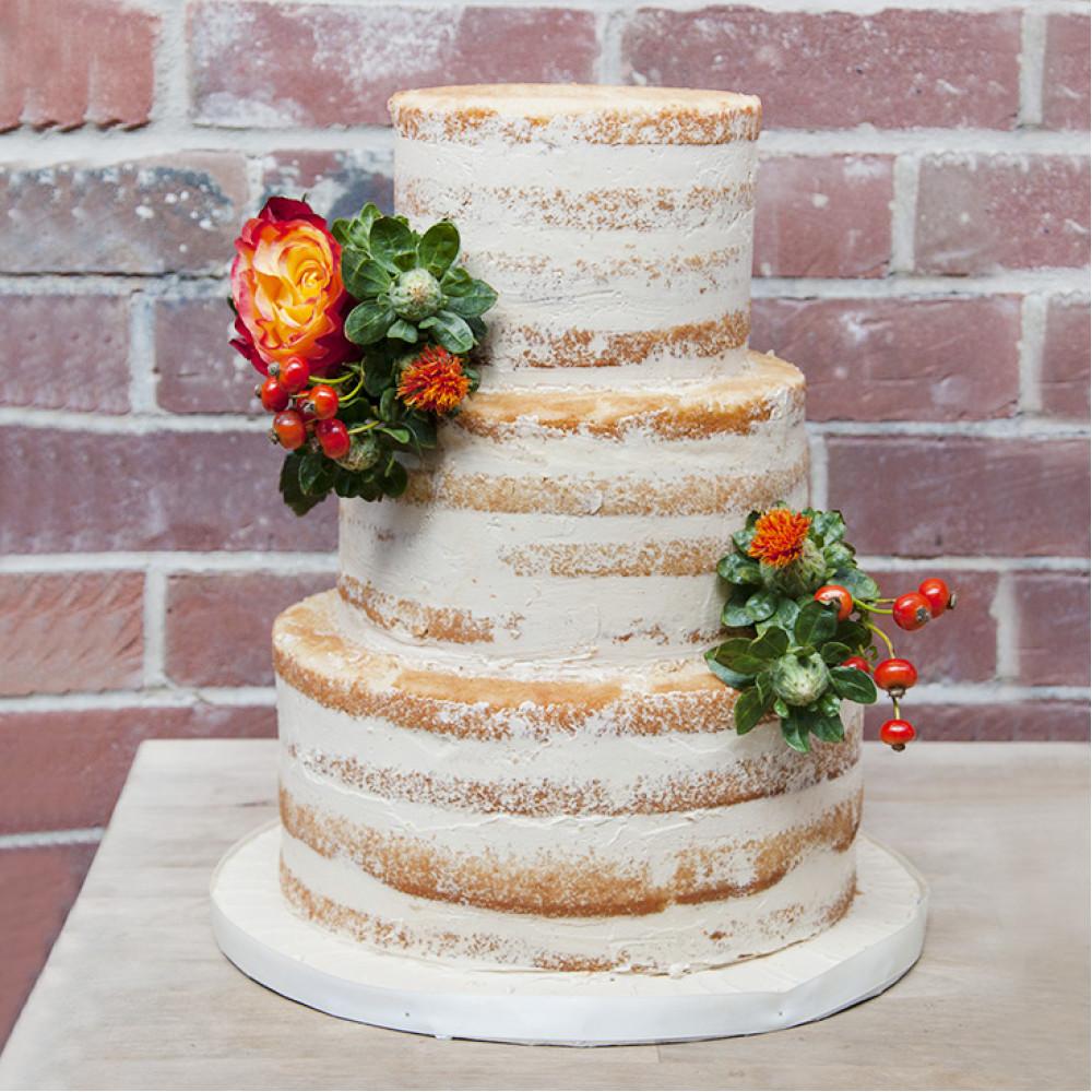 Торт в стиле «Naked Cake»