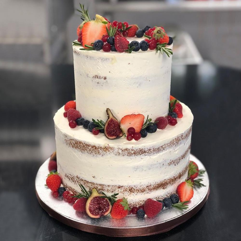 Торт «Naked Cake» на Бохо-торжество