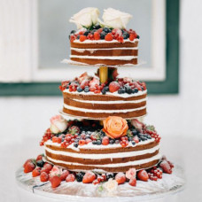 Голый свадебный торт на подставке
