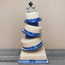 Большой качающийся торт с мишками