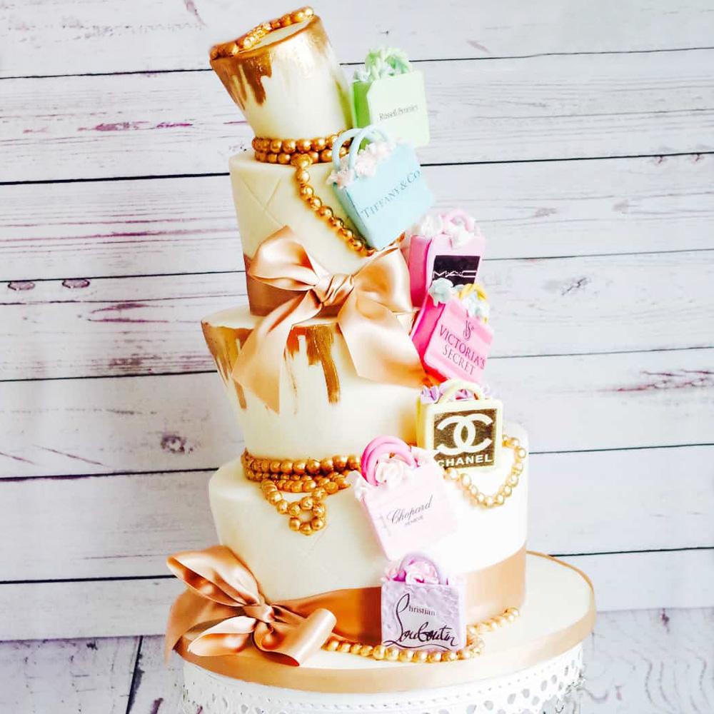 Нестандартный свадебный торт